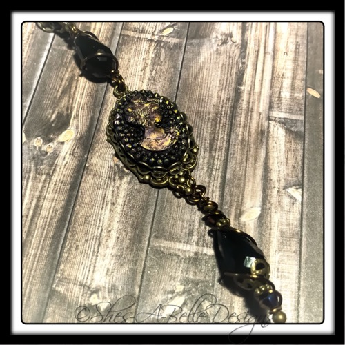 Victorian Elegance Black Cameo Necklace in Antique Bronze, Victorian Steampunk Necklace