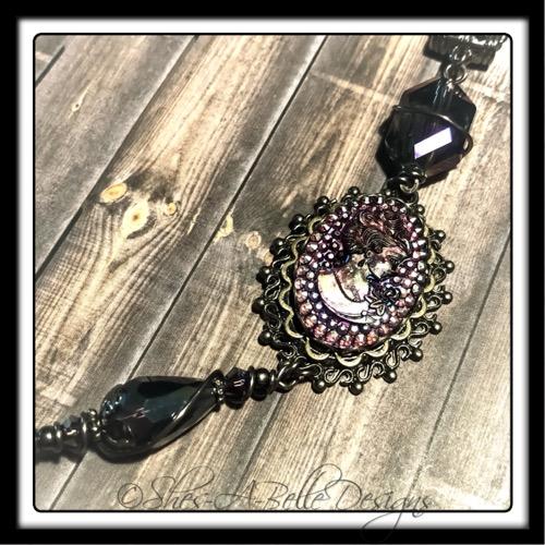 Victorian Elegance Purple Cameo Necklace in Gunmetal, Victorian Steampunk Necklace