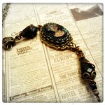 Victorian Elegance Black Cameo Necklace in Antique Bronze, Victorian Steampunk Necklace