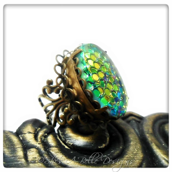 Dragon Scales Victorian Pillbox Style Ring in Antique Bronze, Adjustable, Vintage Stone
