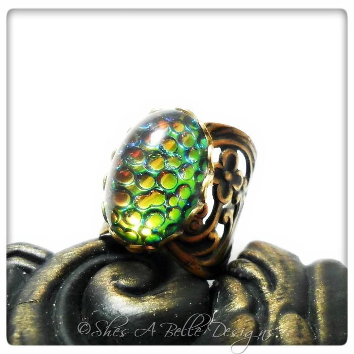 Dragon Scales Victorian Ring in Antique Bronze, Adjustable, Vintage Stone